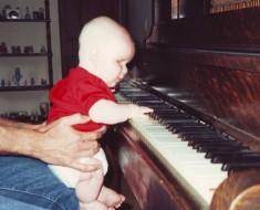 bebe ciego y piano - portada