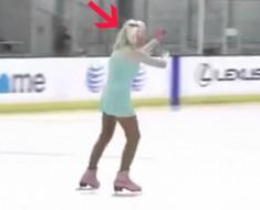 anciana patinando - portada
